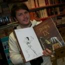 17.10.2013 - Tomaž Lavrič podpisuje album Dekalog IX-XI