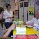 19.05.2010 - Miki Muster podpisuje 1. ponatis prve knjige